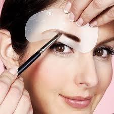 Maquillaje de cejas semipermanente